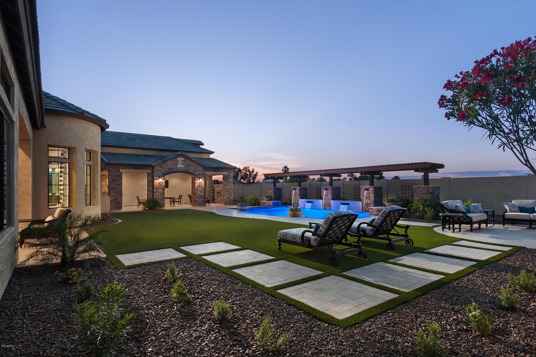 4112 E NORA Circle, Mesa AZ 85215