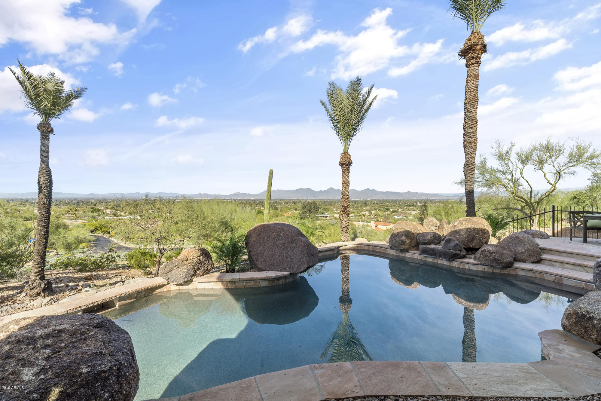 6331 E HUMMINGBIRD Lane, Paradise Valley AZ 85253