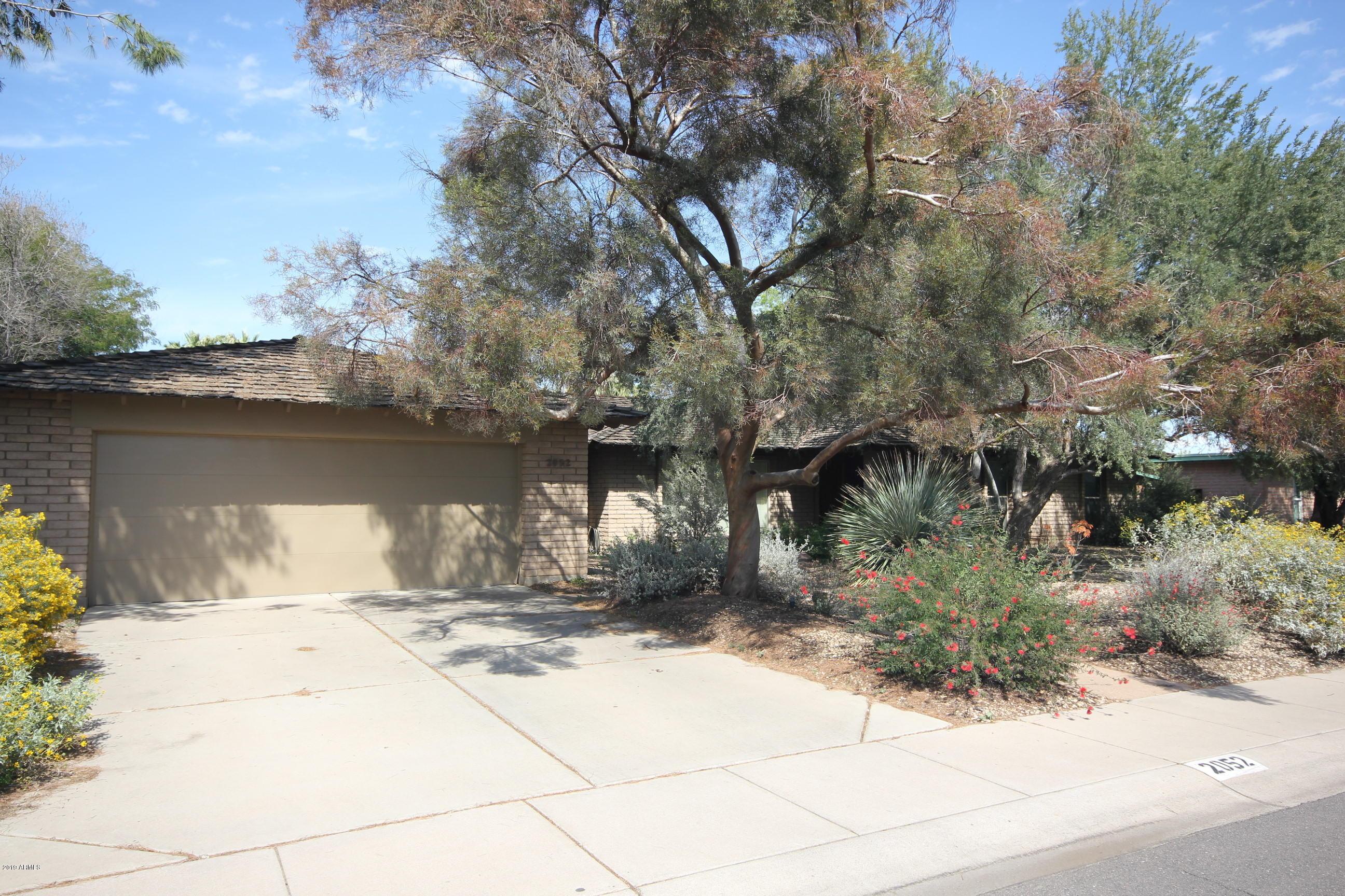 Photo of 2052 E HERMOSA Drive, Tempe, AZ 85282