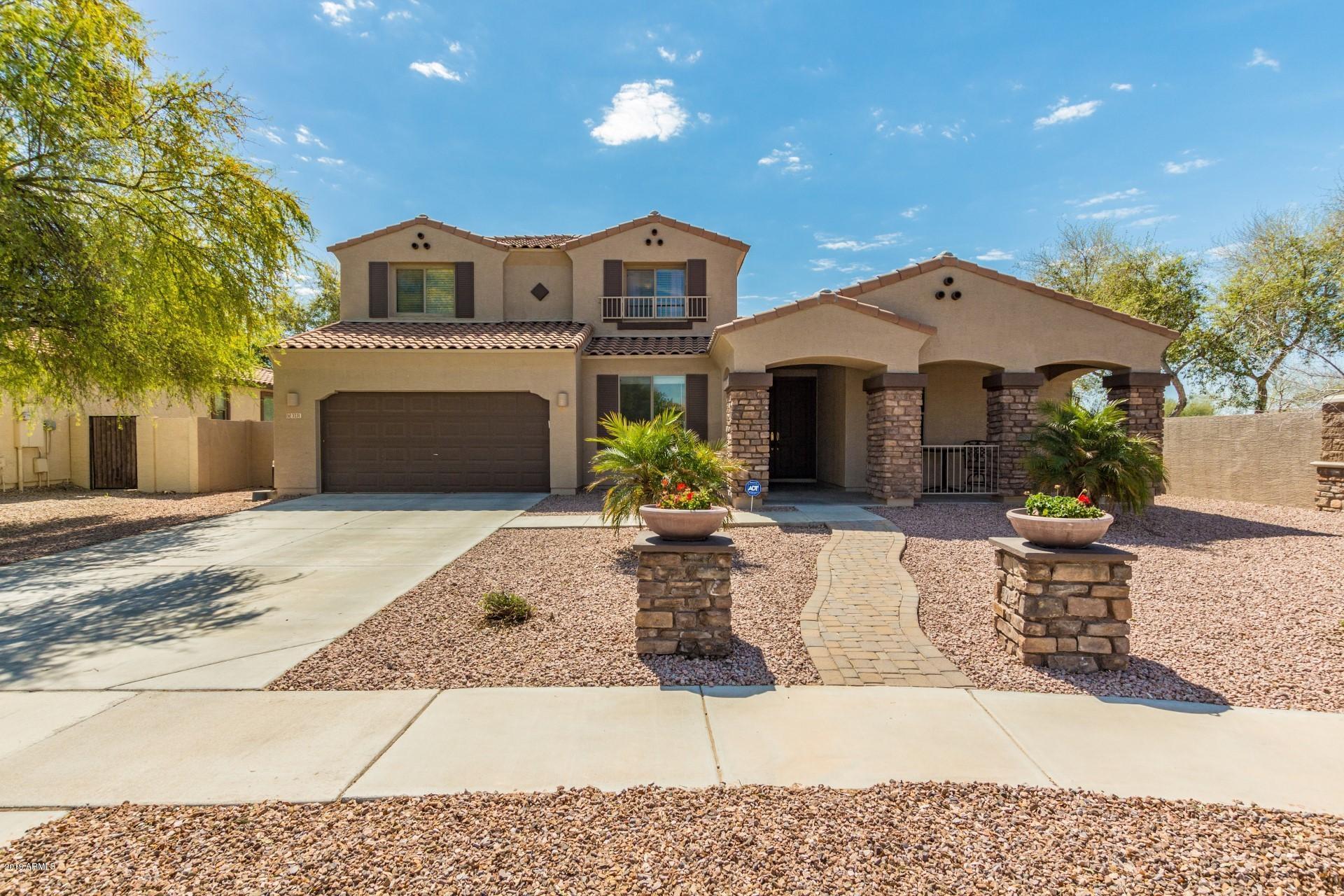 Photo of 3231 E MEAD Drive, Gilbert, AZ 85298
