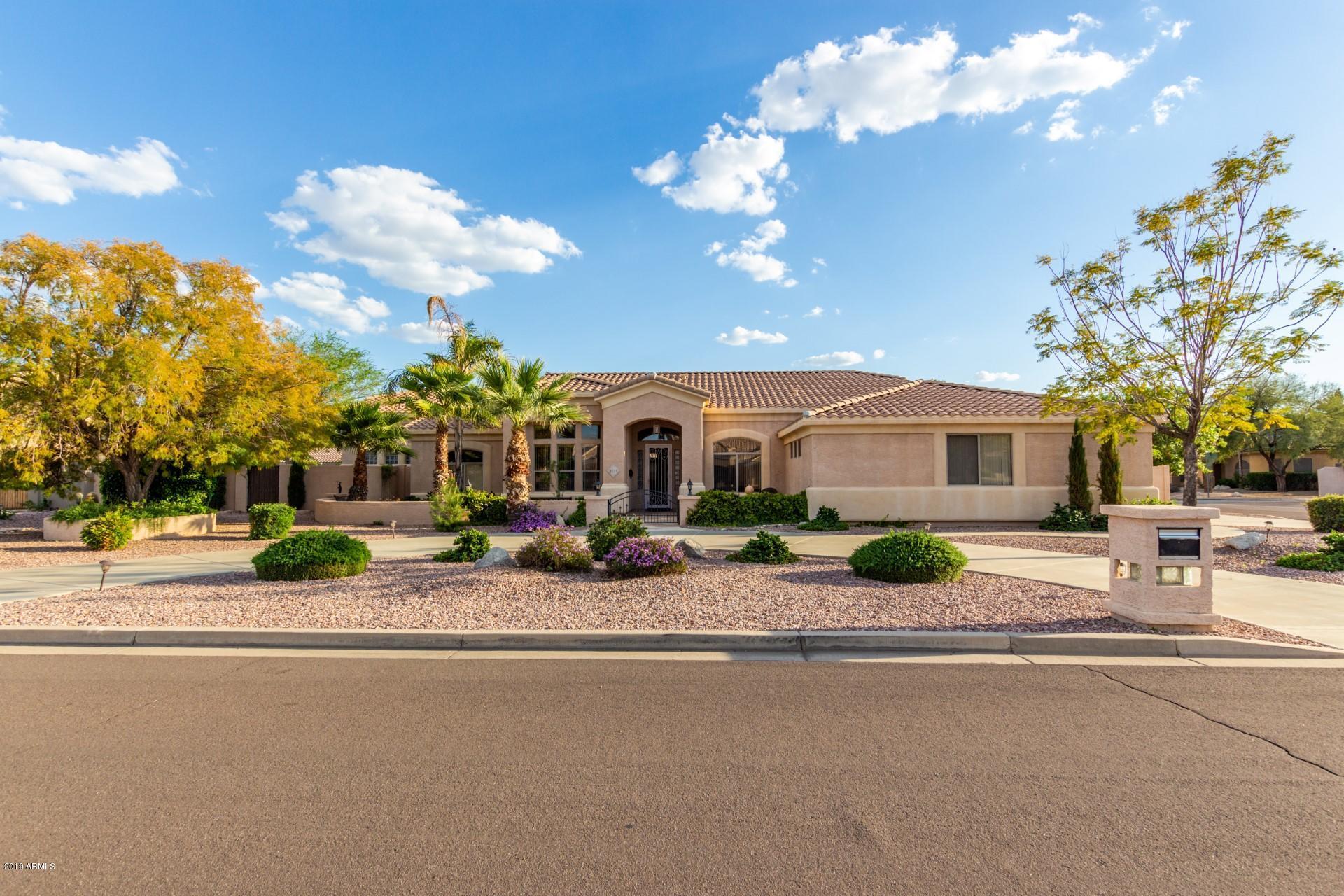 8223 W PLANADA Lane, Peoria, Arizona