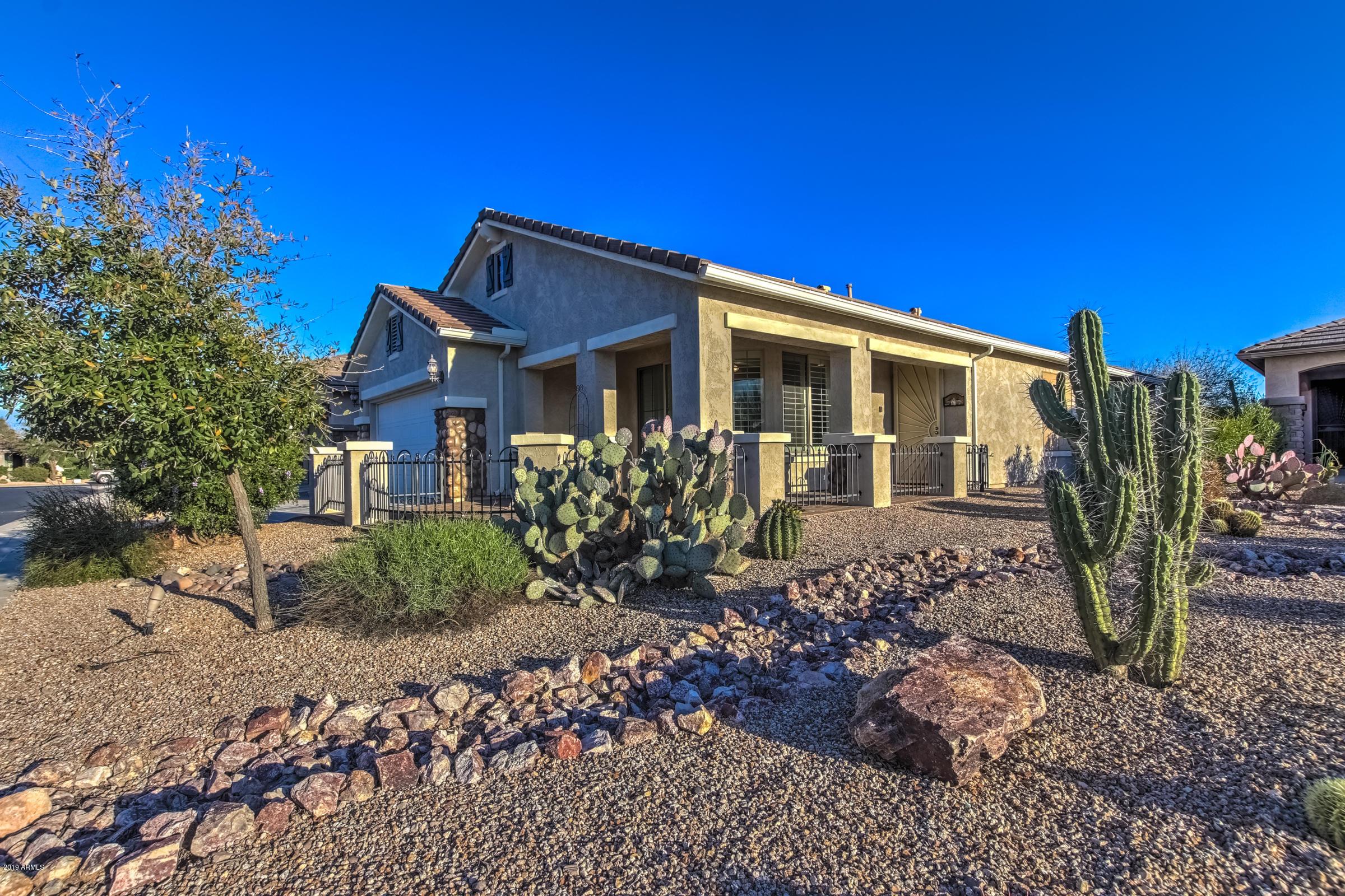 Photo of 321 W PEAK Place, San Tan Valley, AZ 85143