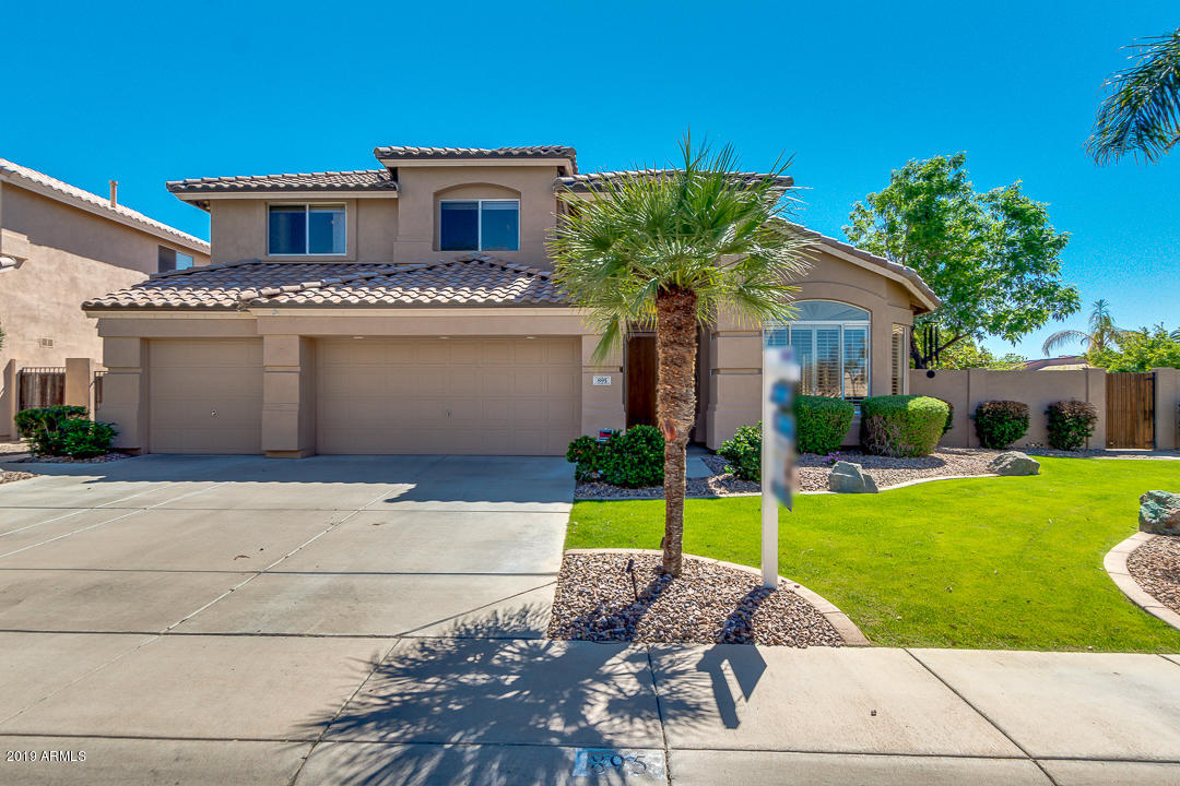 Photo of 895 W AZALEA Drive, Chandler, AZ 85248