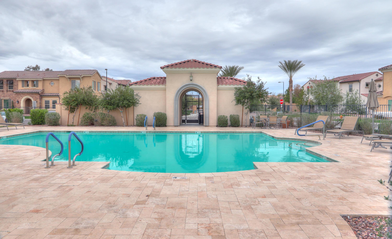 MLS 5898918 4101 S PECAN Drive, Chandler, AZ 85248 Villa Del Lago