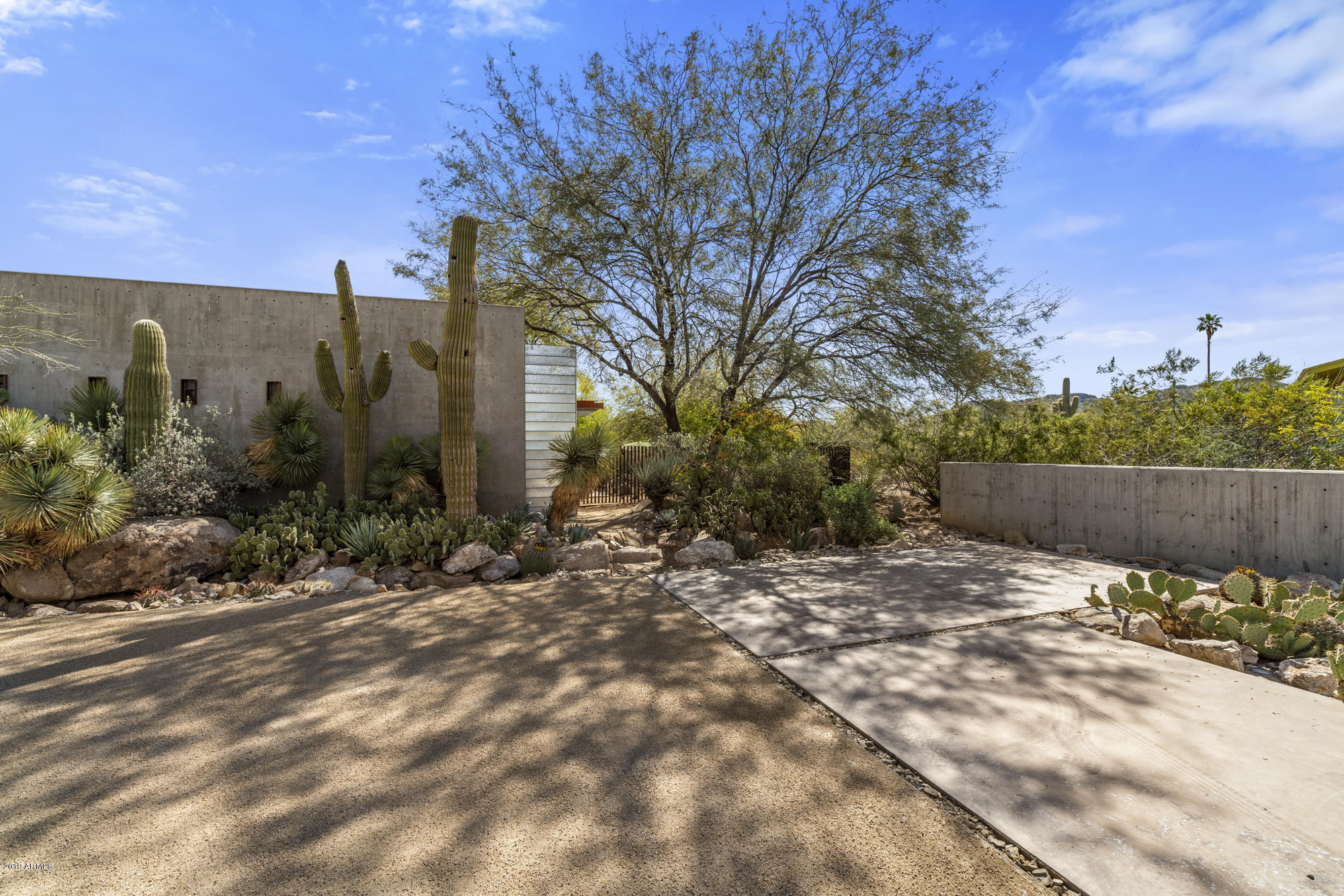MLS 5898864 4040 E Beryl Lane, Phoenix, AZ Phoenix AZ Equestrian