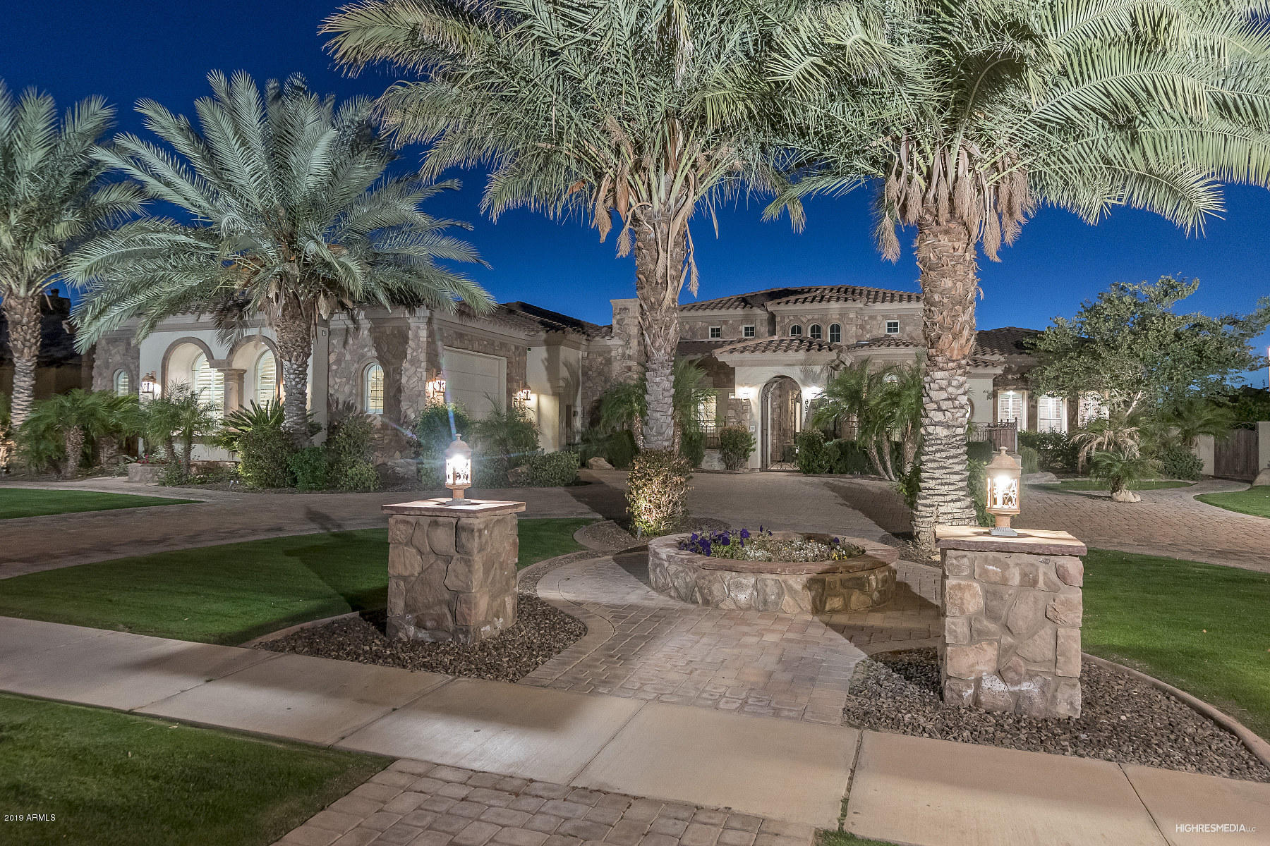 Photo of 6910 S STAR Drive, Gilbert, AZ 85298