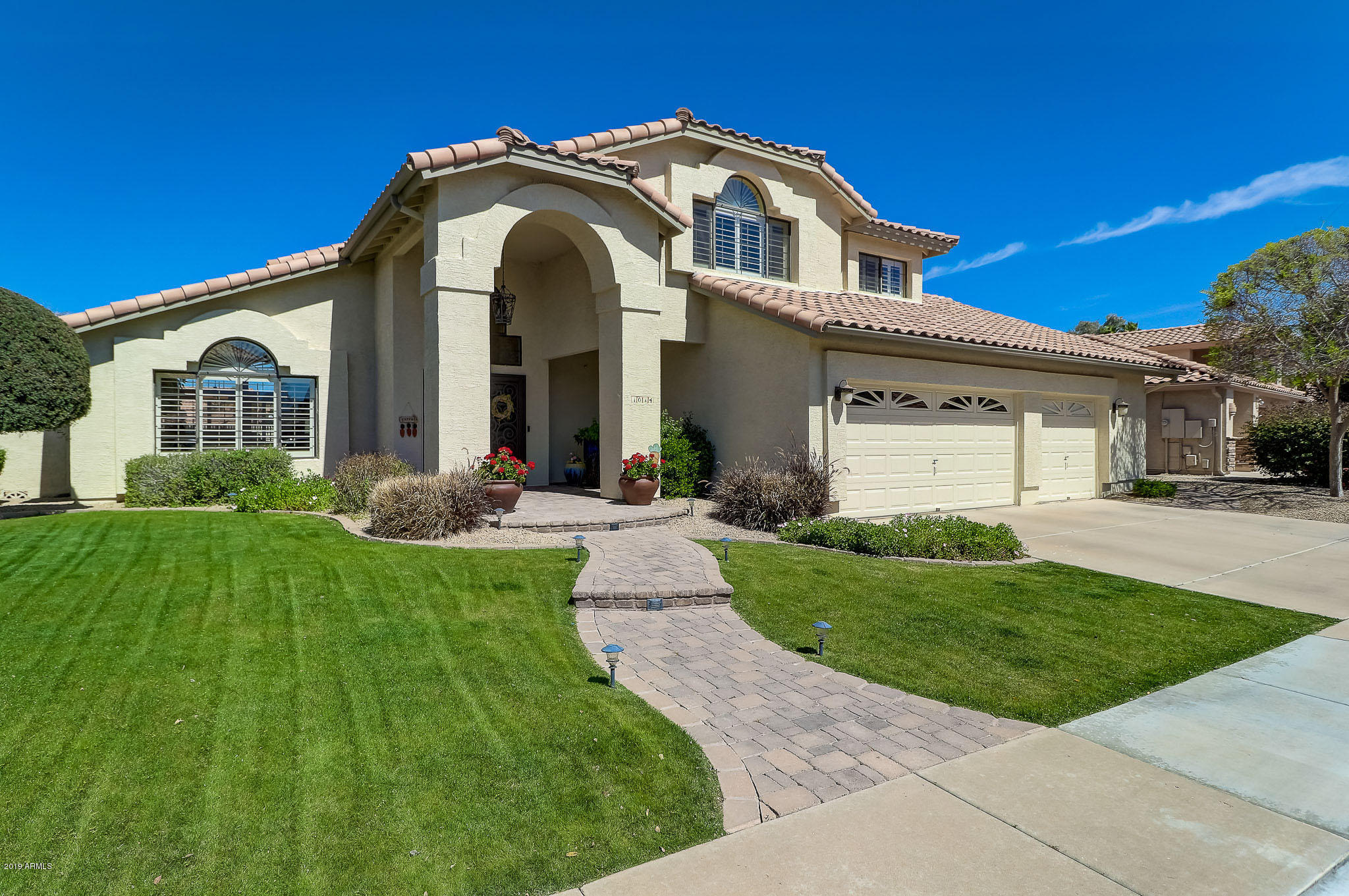 Photo of 1014 W SHERRI Drive, Gilbert, AZ 85233