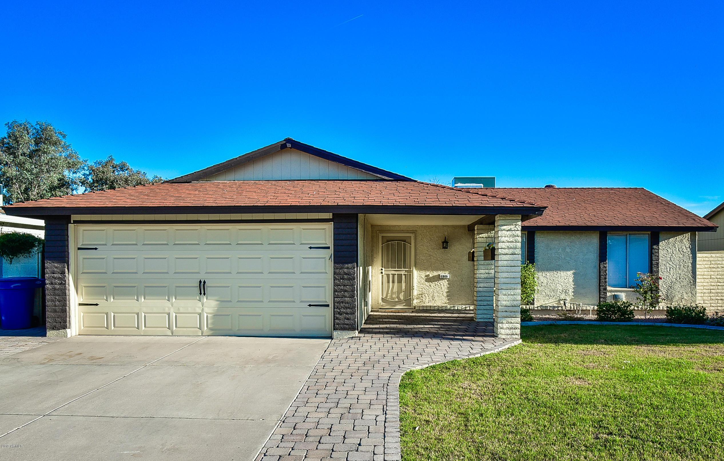 Photo of 1315 W Palomino Drive, Chandler, AZ 85224