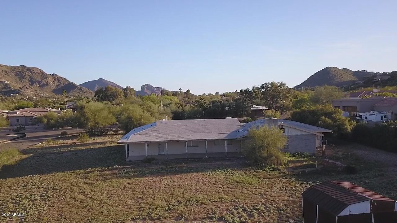 Photo of 4914 E BUTLER Drive, Paradise Valley, AZ 85253