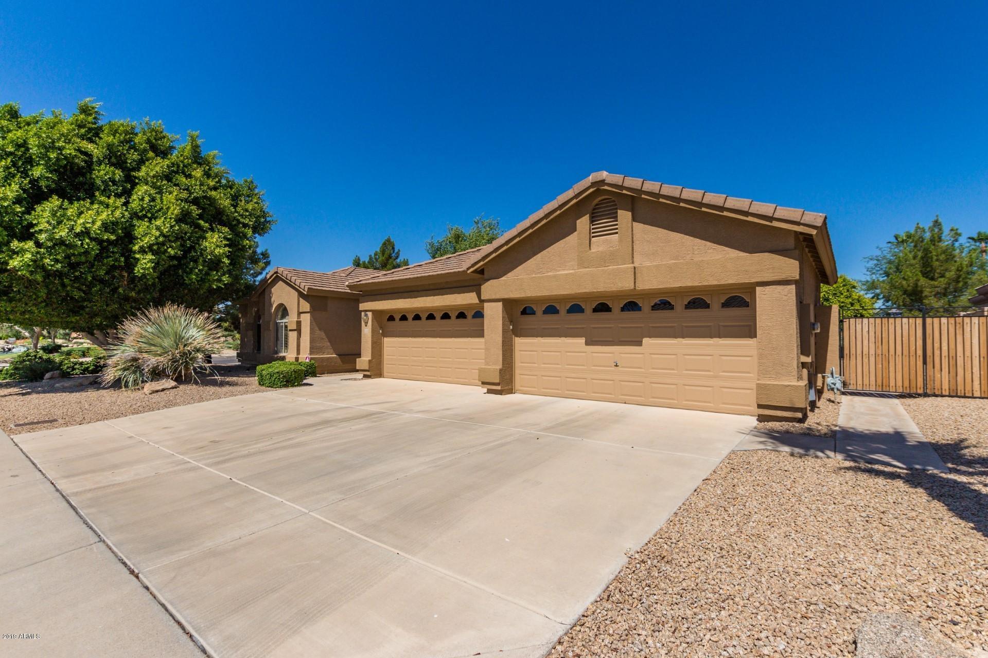 Photo of 21106 N 70TH Drive, Glendale, AZ 85308