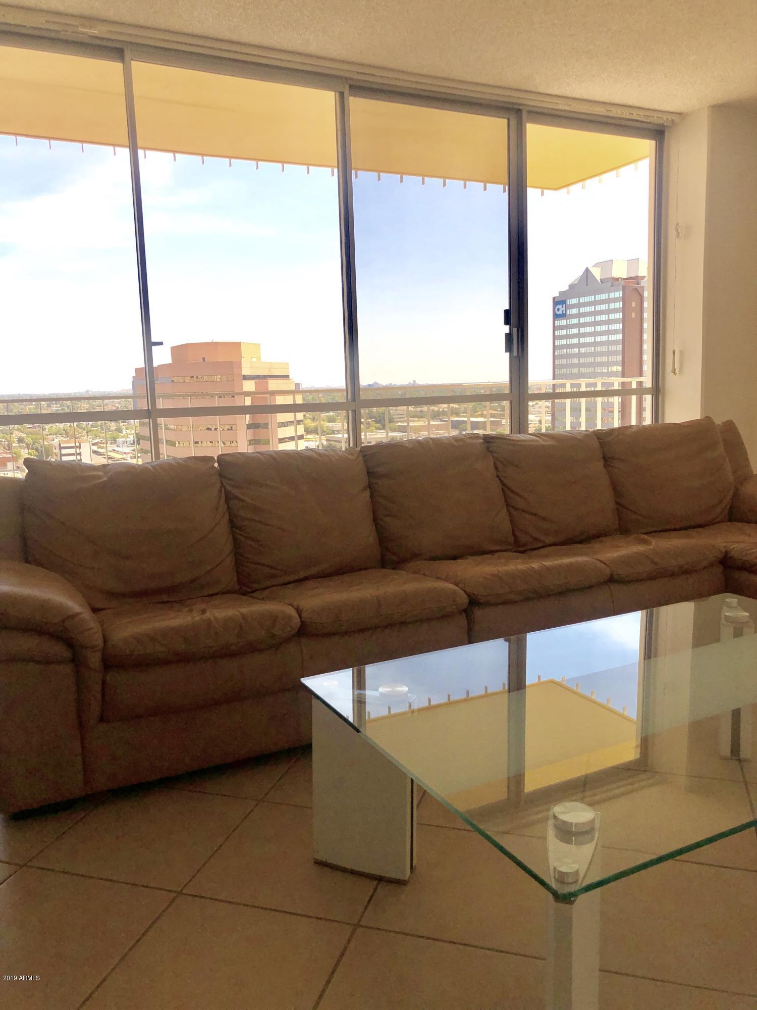 Photo of 207 W CLARENDON Avenue #G15, Phoenix, AZ 85013