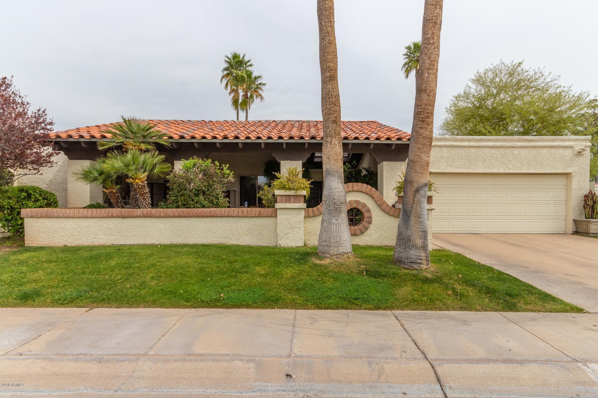 Photo of 8540 E SAN BENITO Drive, Scottsdale, AZ 85258