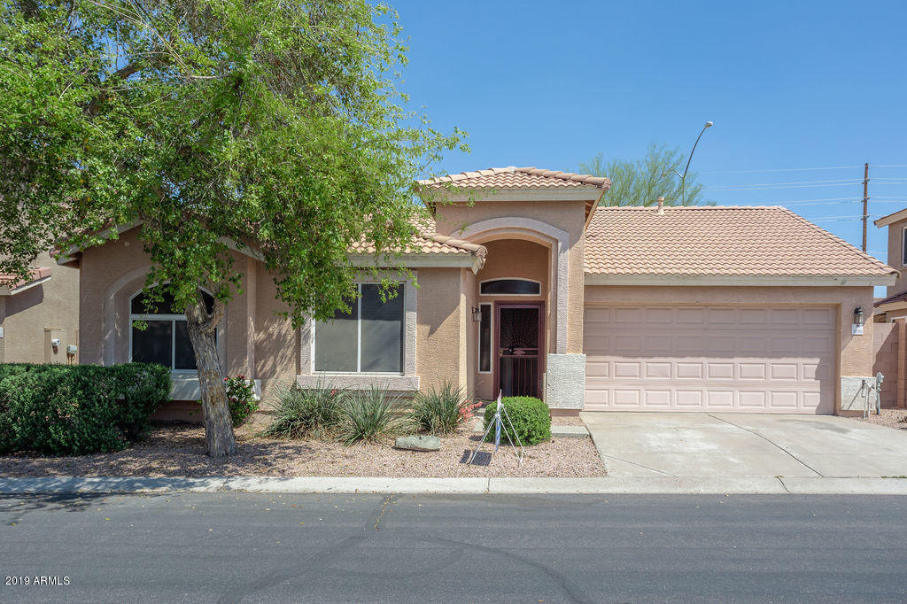 Photo of 3339 N SILVERADO Lane, Mesa, AZ 85215