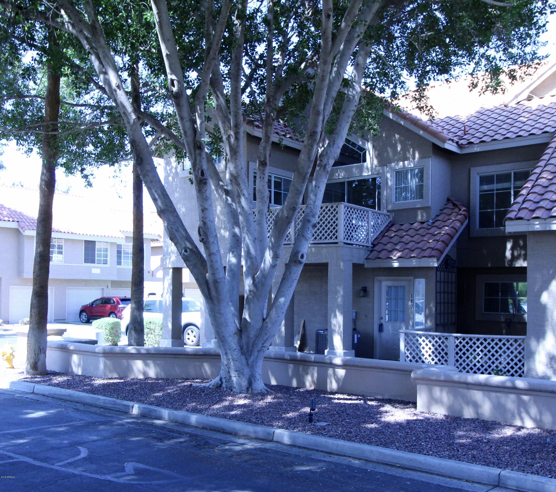 Photo of 1633 E LAKESIDE Drive #189, Gilbert, AZ 85234