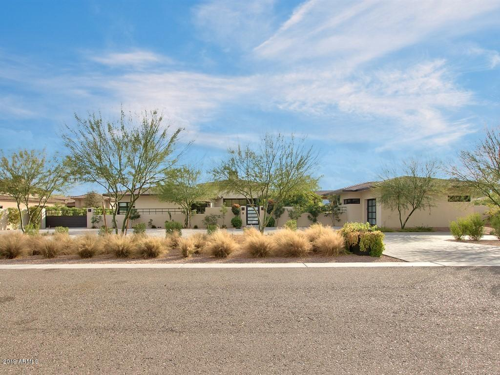 Photo of 6523 E BERNEIL Drive, Paradise Valley, AZ 85253