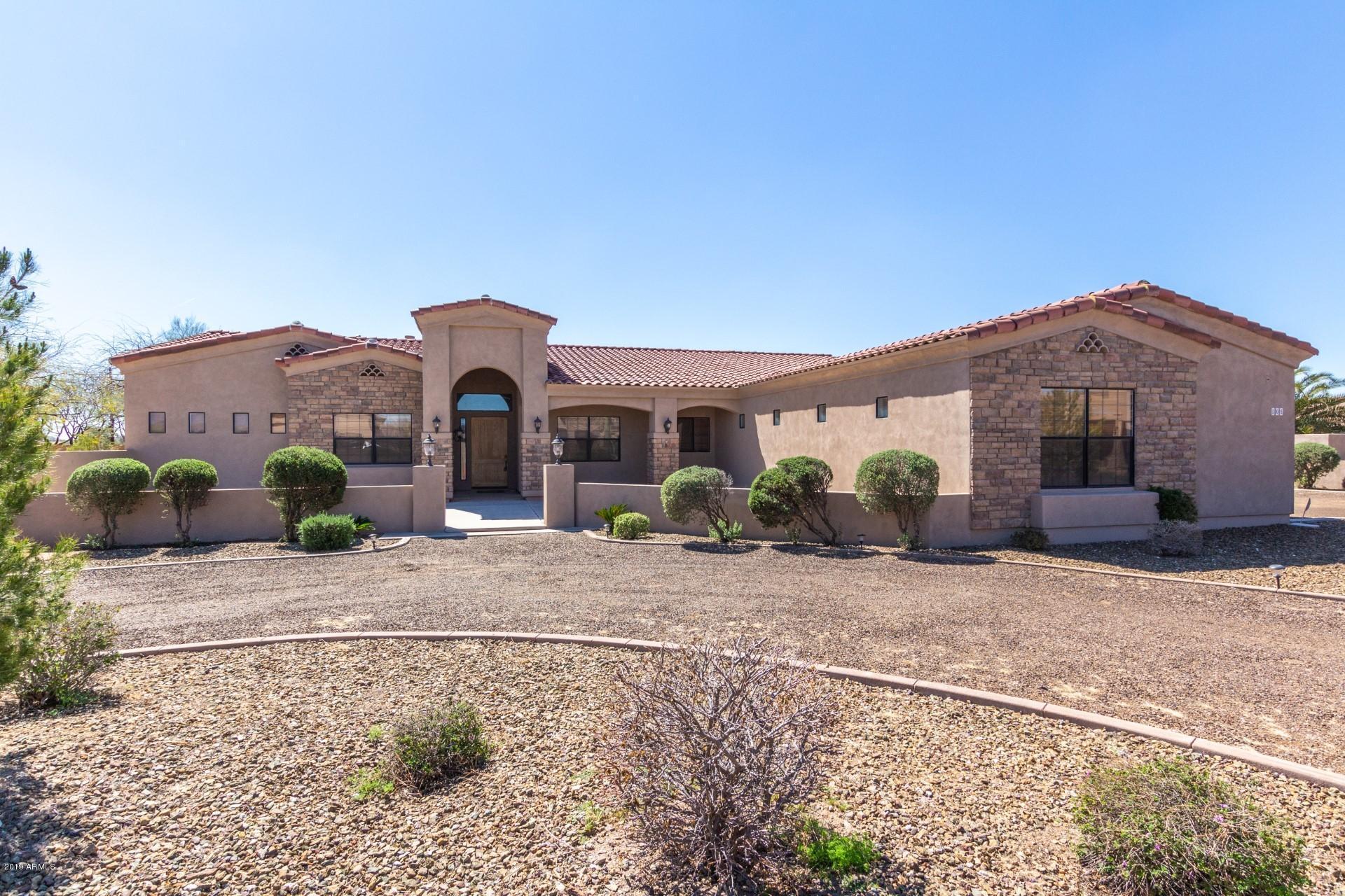 MLS 5904606 805 W WINDWARD Court, Phoenix, AZ 85086 Equestrian Homes in Phoenix
