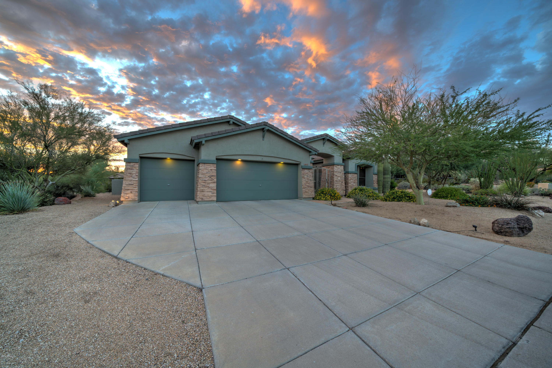 Photo of 2502 N Keesha Street, Mesa, AZ 85207
