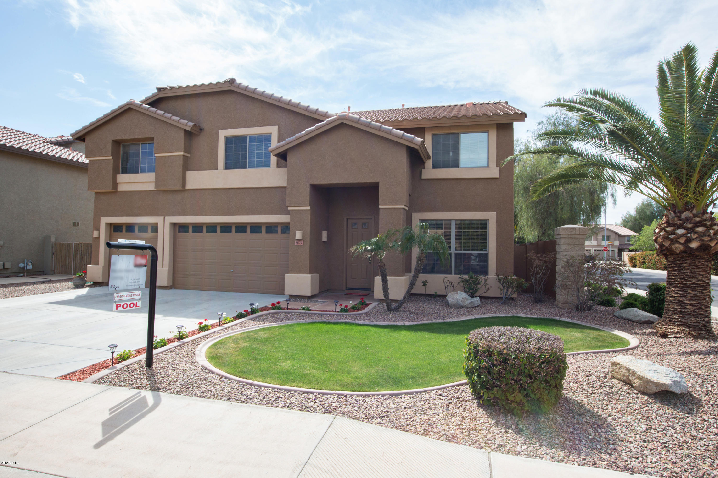 Photo of 2677 E TEAKWOOD Place, Chandler, AZ 85249