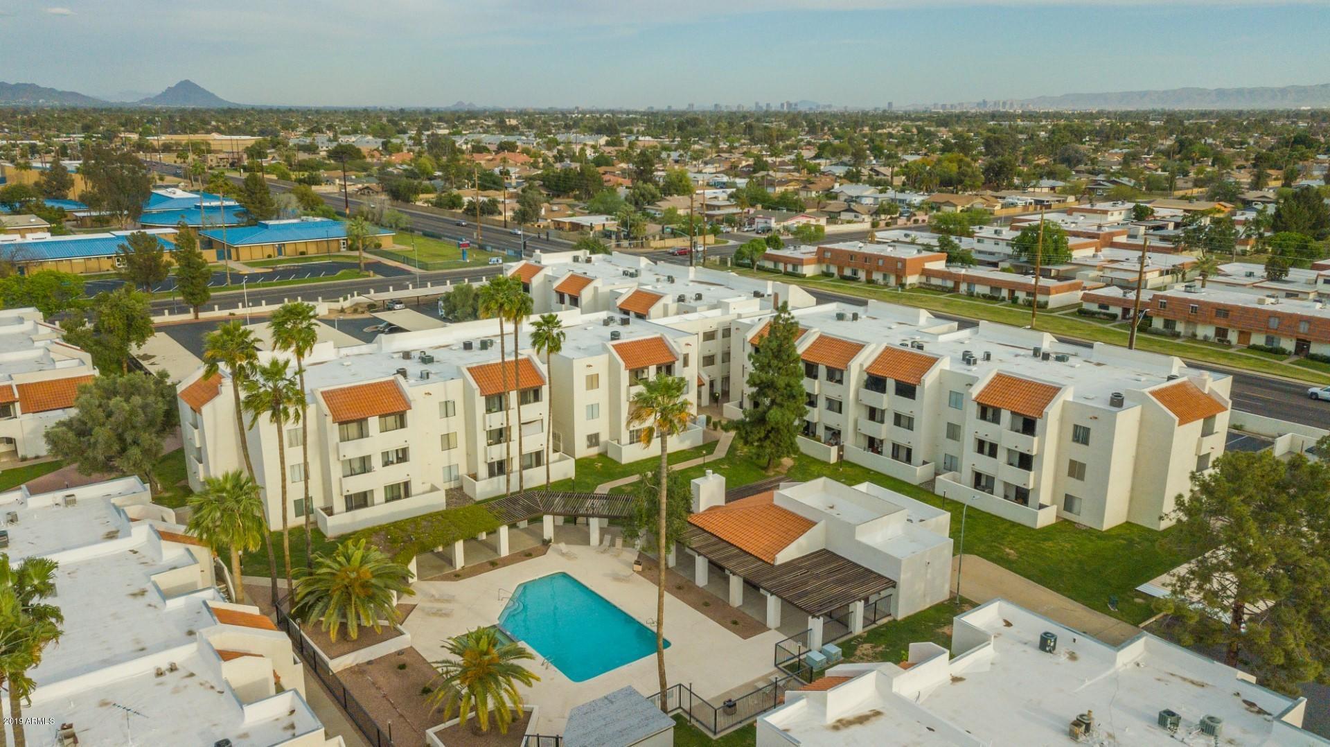 Photo of 4730 W NORTHERN Avenue #2153, Glendale, AZ 85301