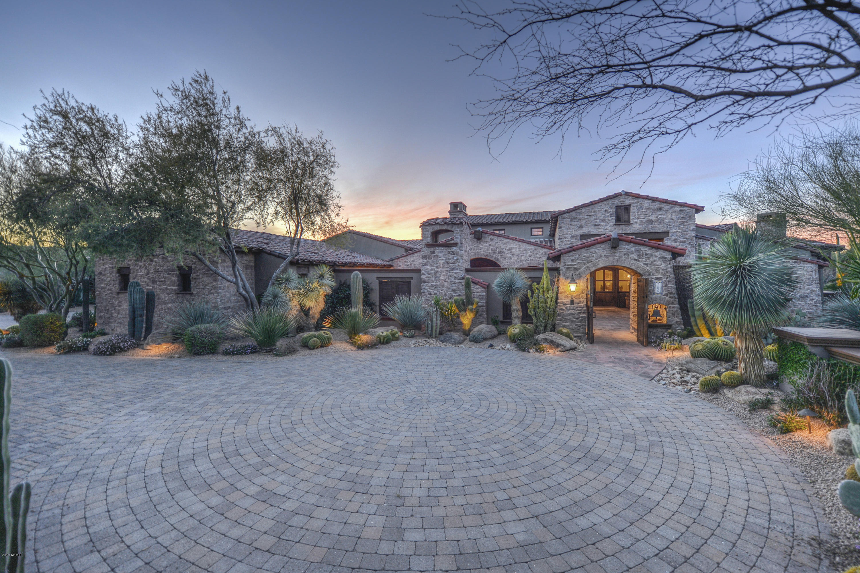 Photo of 7598 E WHISPER ROCK Trail, Scottsdale, AZ 85266