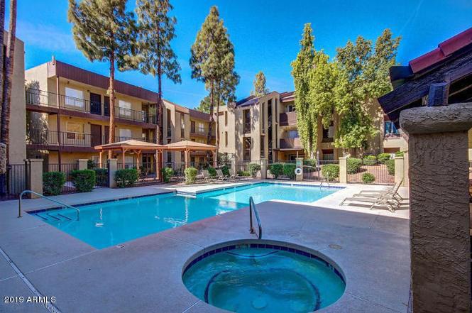Photo of 461 W HOLMES Avenue #117, Mesa, AZ 85210