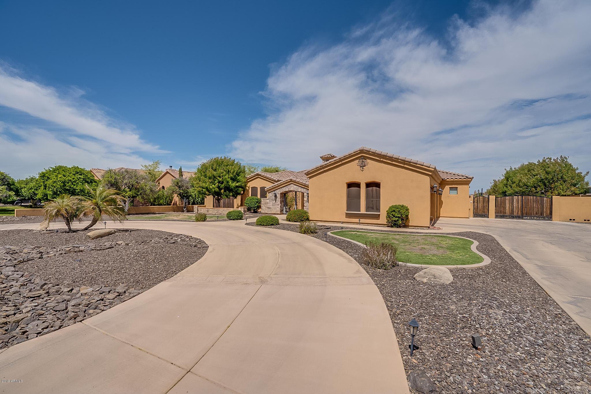 Photo of 3754 E FLINTLOCK Drive, Queen Creek, AZ 85142