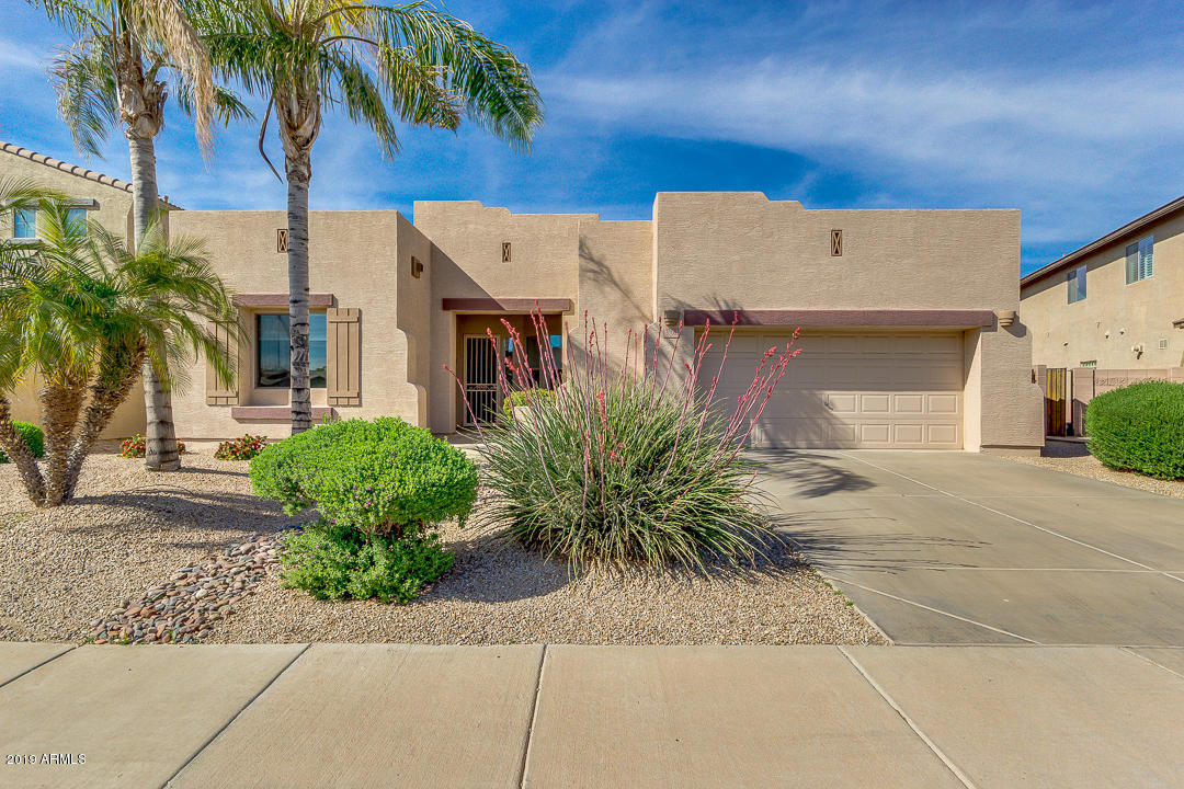 Photo of 3108 E LA COSTA Place, Chandler, AZ 85249