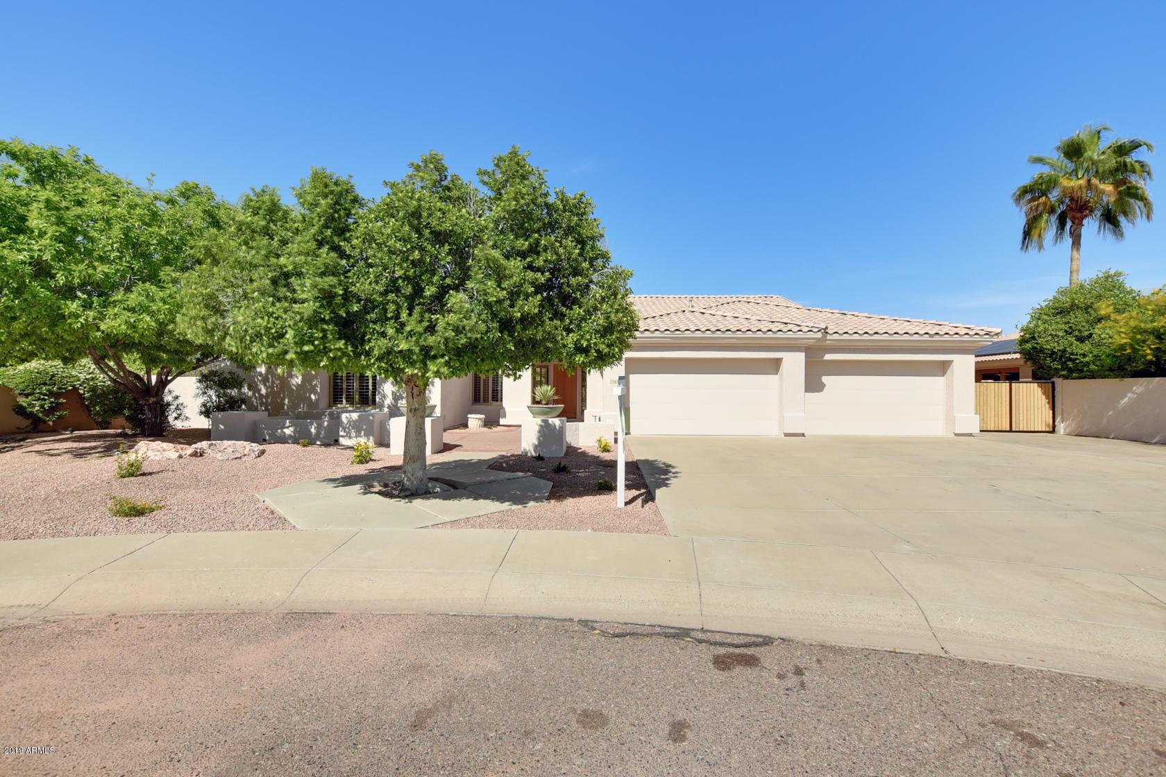 Photo of 5542 W CAMINO VIVAZ --, Glendale, AZ 85310