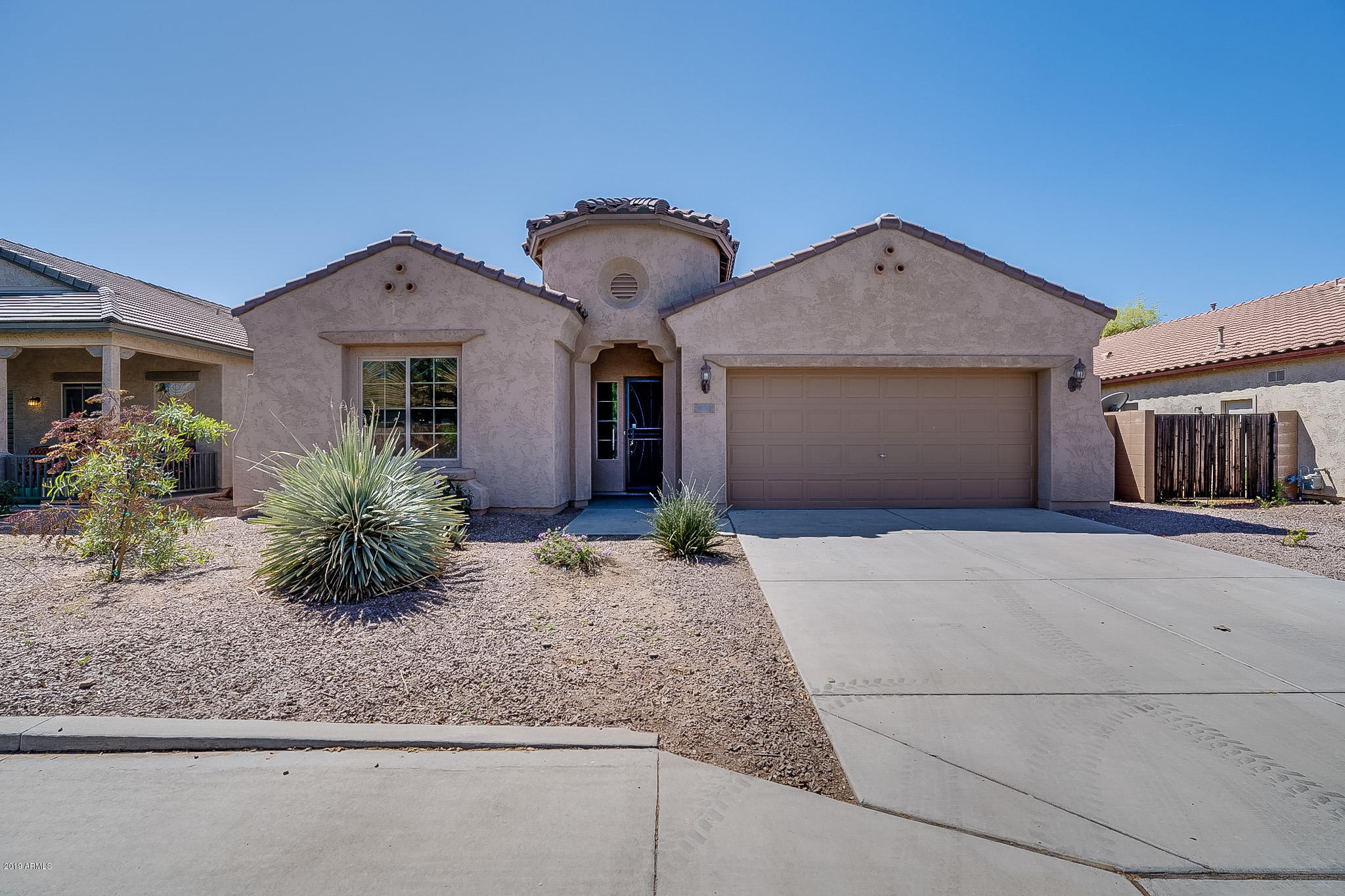 Photo of 10861 E SYLVAN Avenue, Mesa, AZ 85212