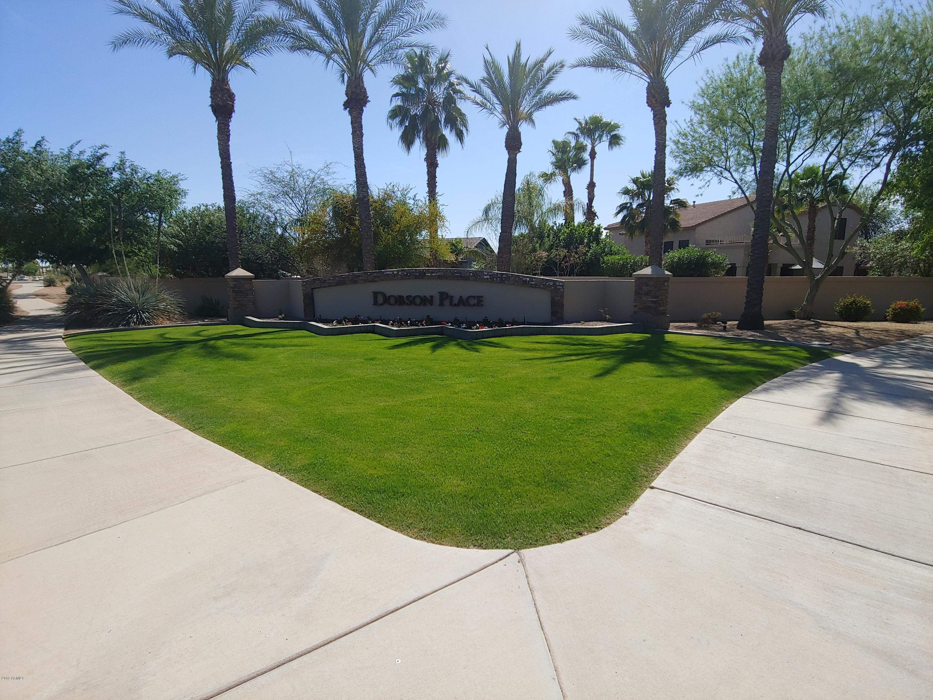 Photo of 361 N BELL Place, Chandler, AZ 85225