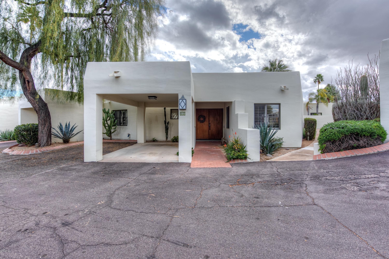 Photo of 5101 N CASA BLANCA Drive #232, Paradise Valley, AZ 85253
