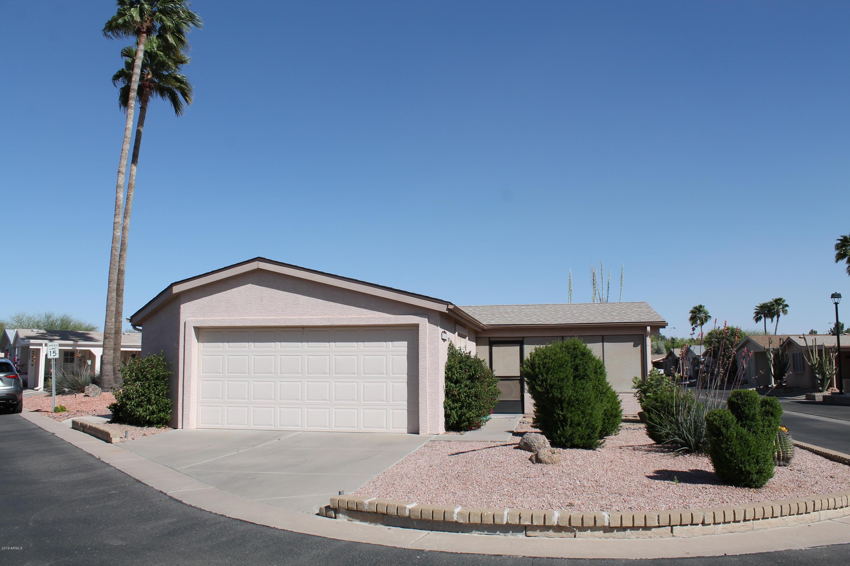 Photo of 1952 E TORREY PINES Lane, Chandler, AZ 85249