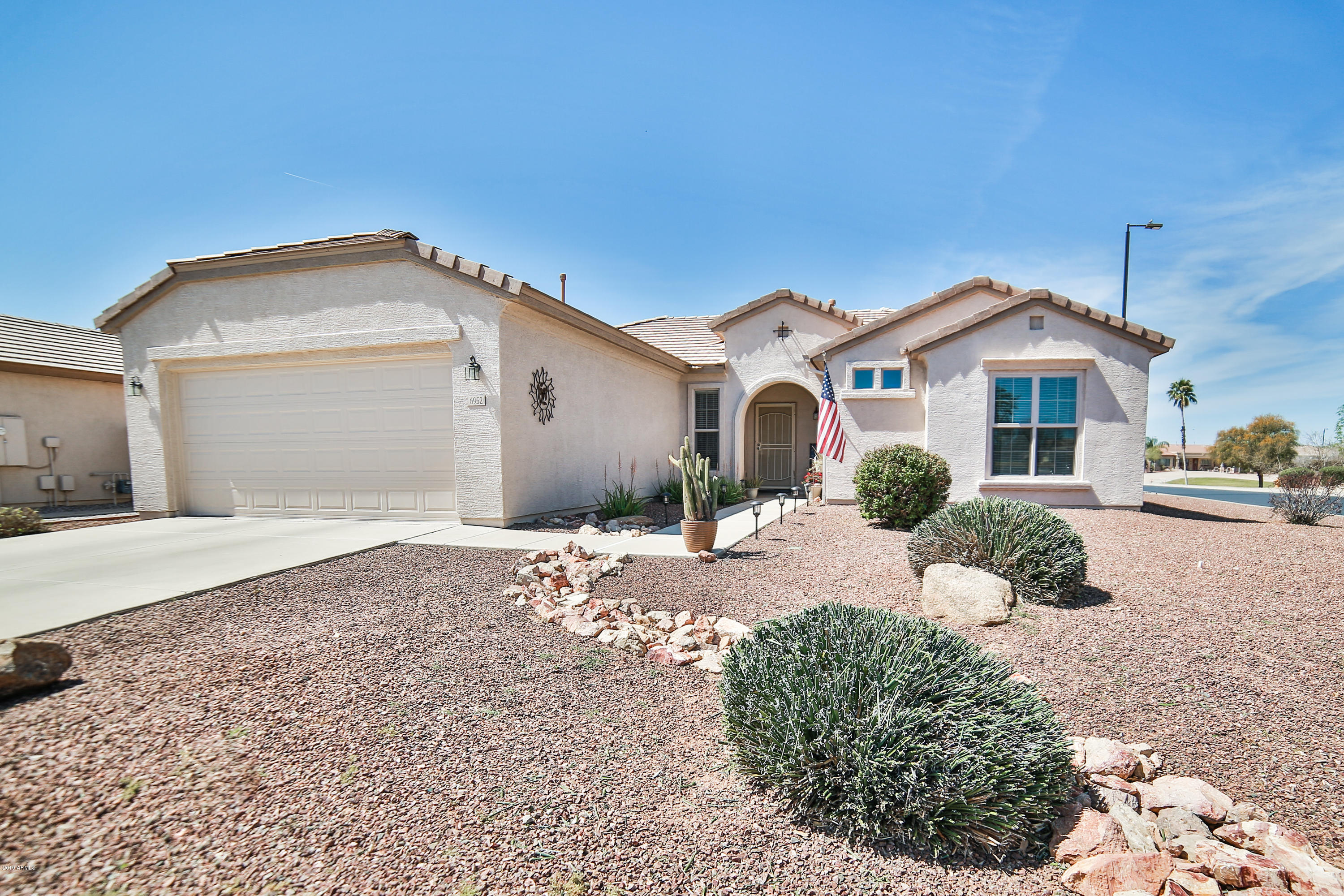 Photo of 6952 S SANTA RITA Way, Chandler, AZ 85249