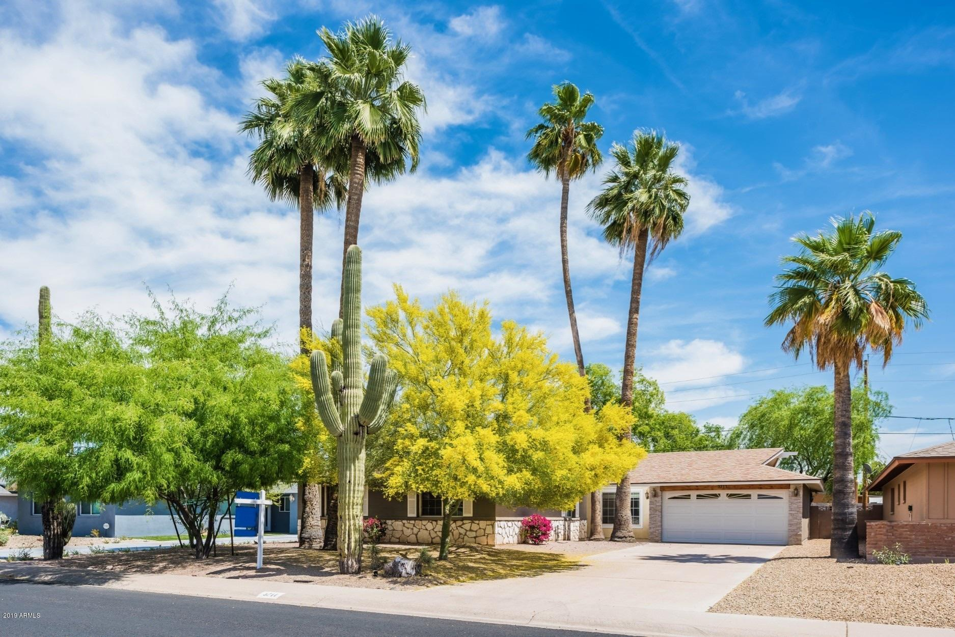 Photo of 3711 S KENNETH Place, Tempe, AZ 85282