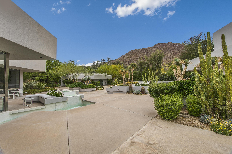Photo of 5815 N DRAGOON Lane, Paradise Valley, AZ 85253