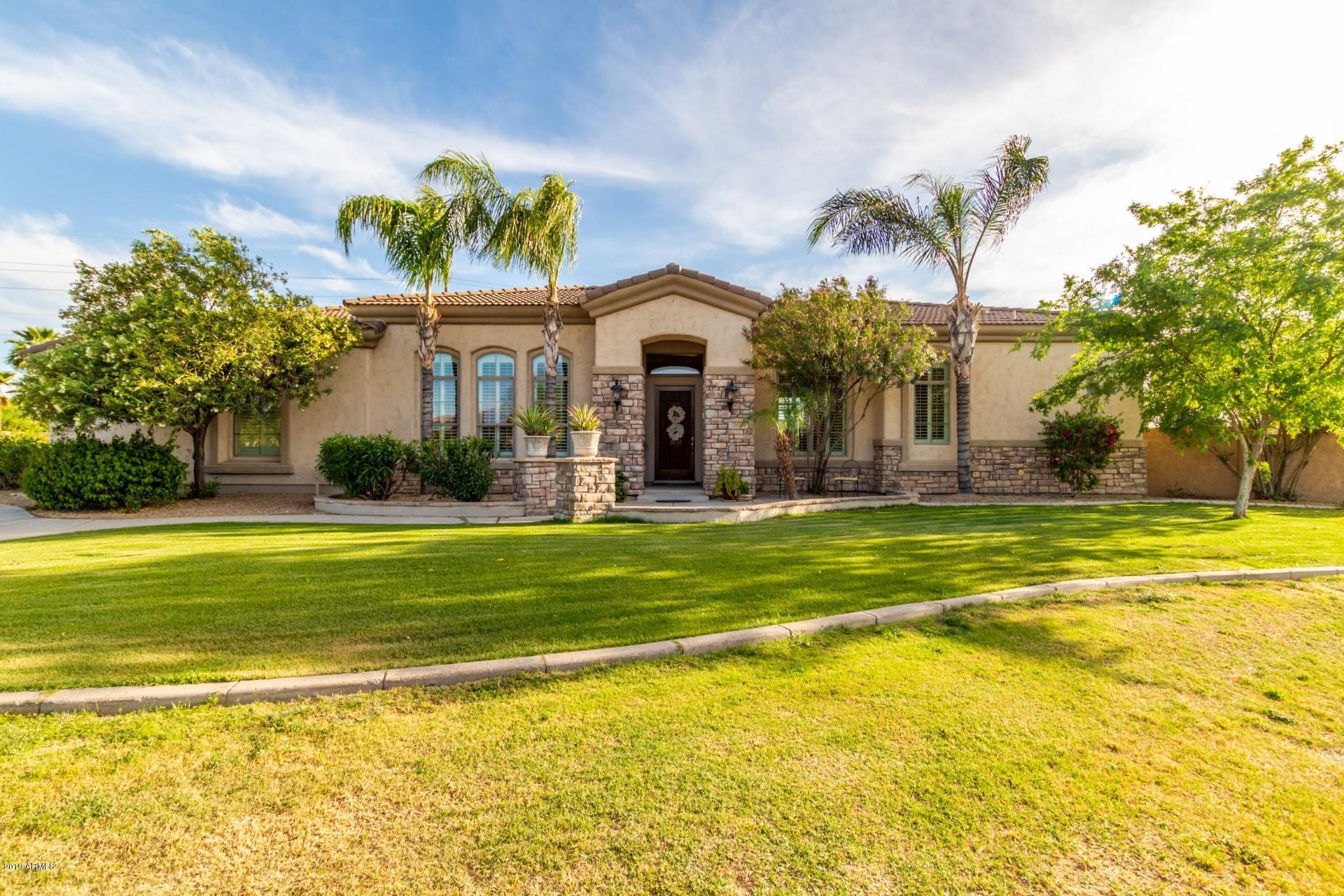 Photo of 3217 E INDIGO Circle, Mesa, AZ 85213