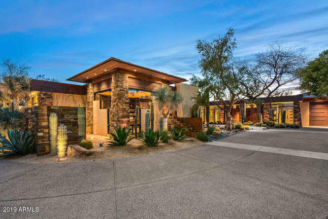 Photo of 11010 E Winter Sun Drive, Scottsdale, AZ 85262