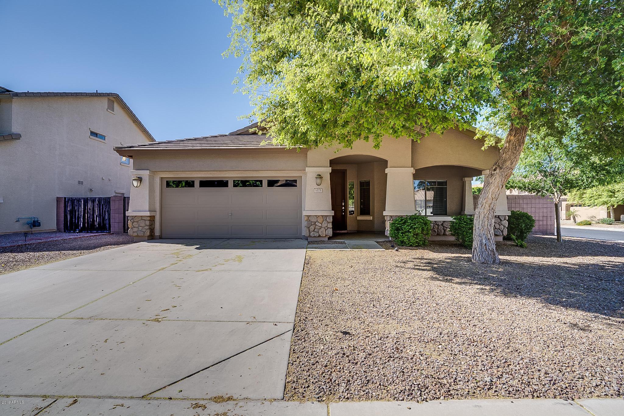 Photo of 1075 E LOCUST Drive, Chandler, AZ 85286