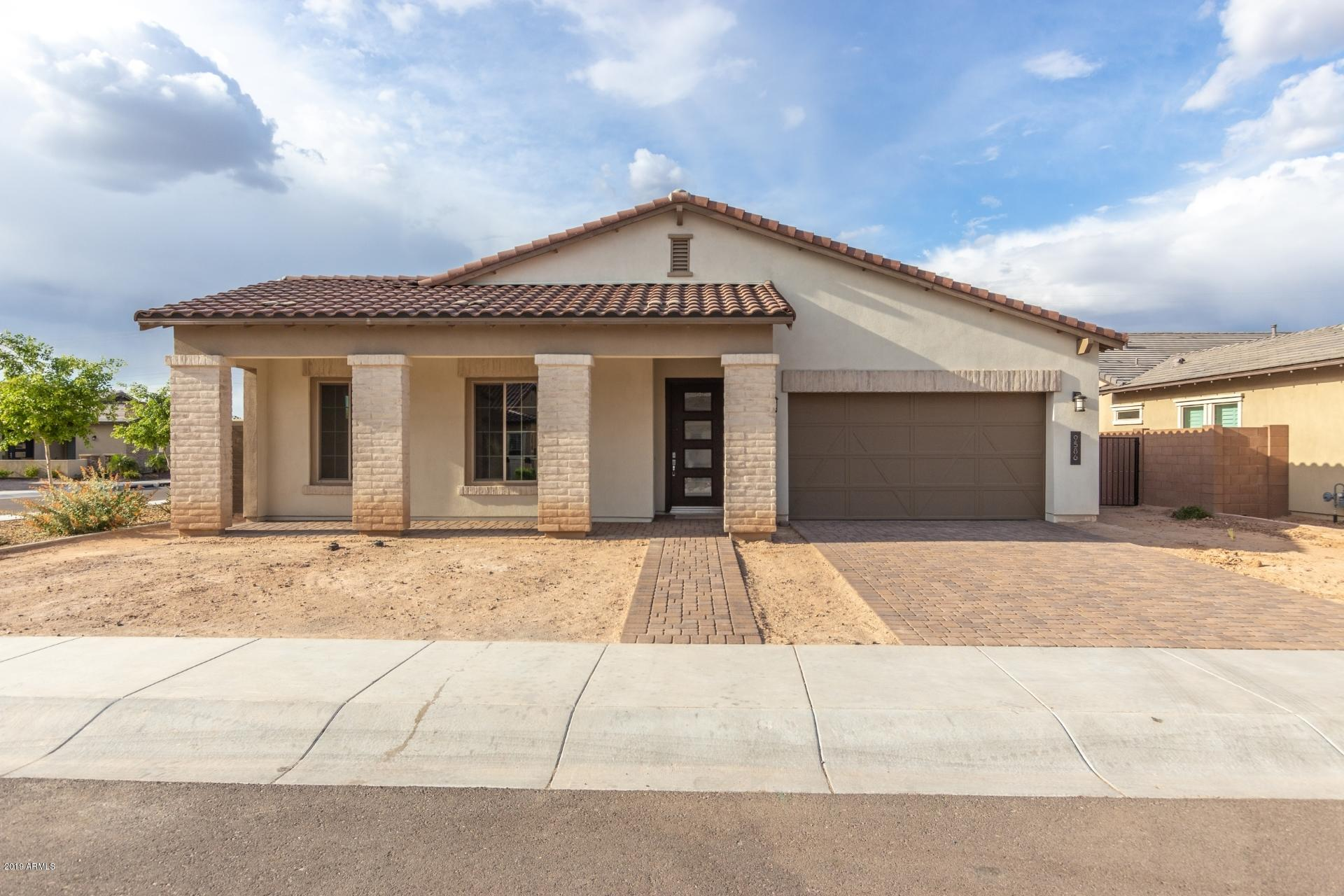 Photo of 9586 W PARK VIEW Lane, Peoria, AZ 85383