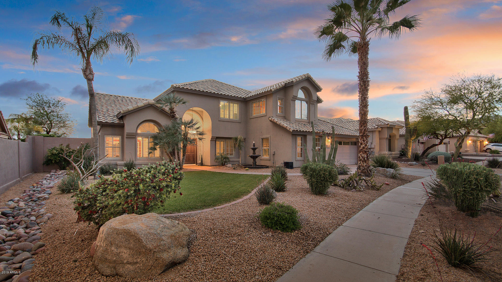 Photo of 2545 E DESERT WILLOW Drive, Phoenix, AZ 85048