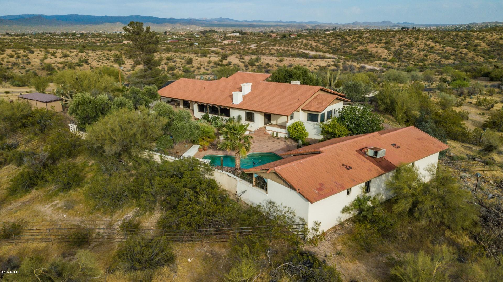 MLS 5912211 19300 W VERDE HILLS Drive, Wickenburg, AZ 85390 Wickenburg AZ One Plus Acre Home