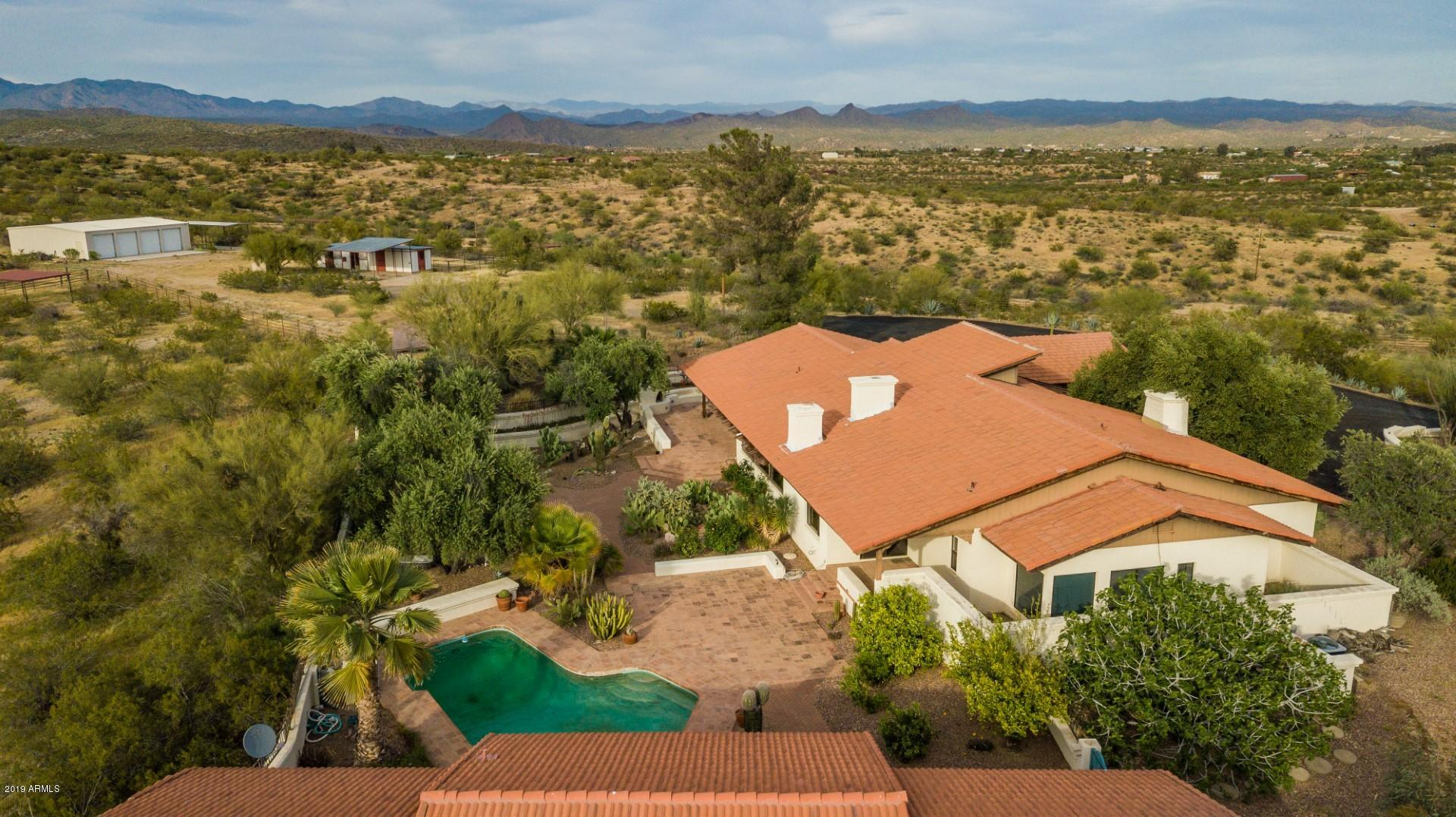 MLS 5912211 19300 W VERDE HILLS Drive, Wickenburg, AZ Wickenburg Horse Property for Sale