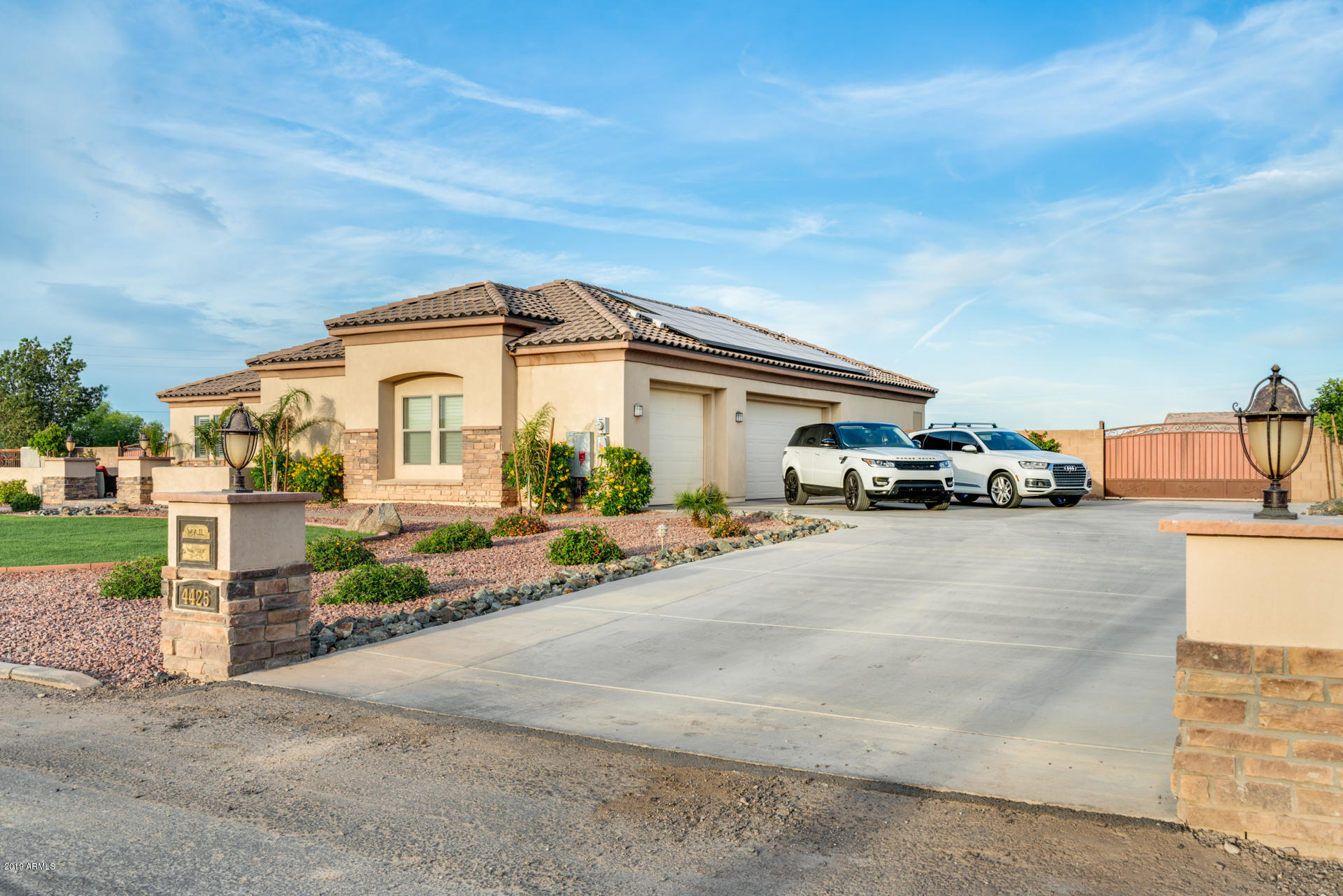 Photo of 4425 S 180TH Avenue, Goodyear, AZ 85338