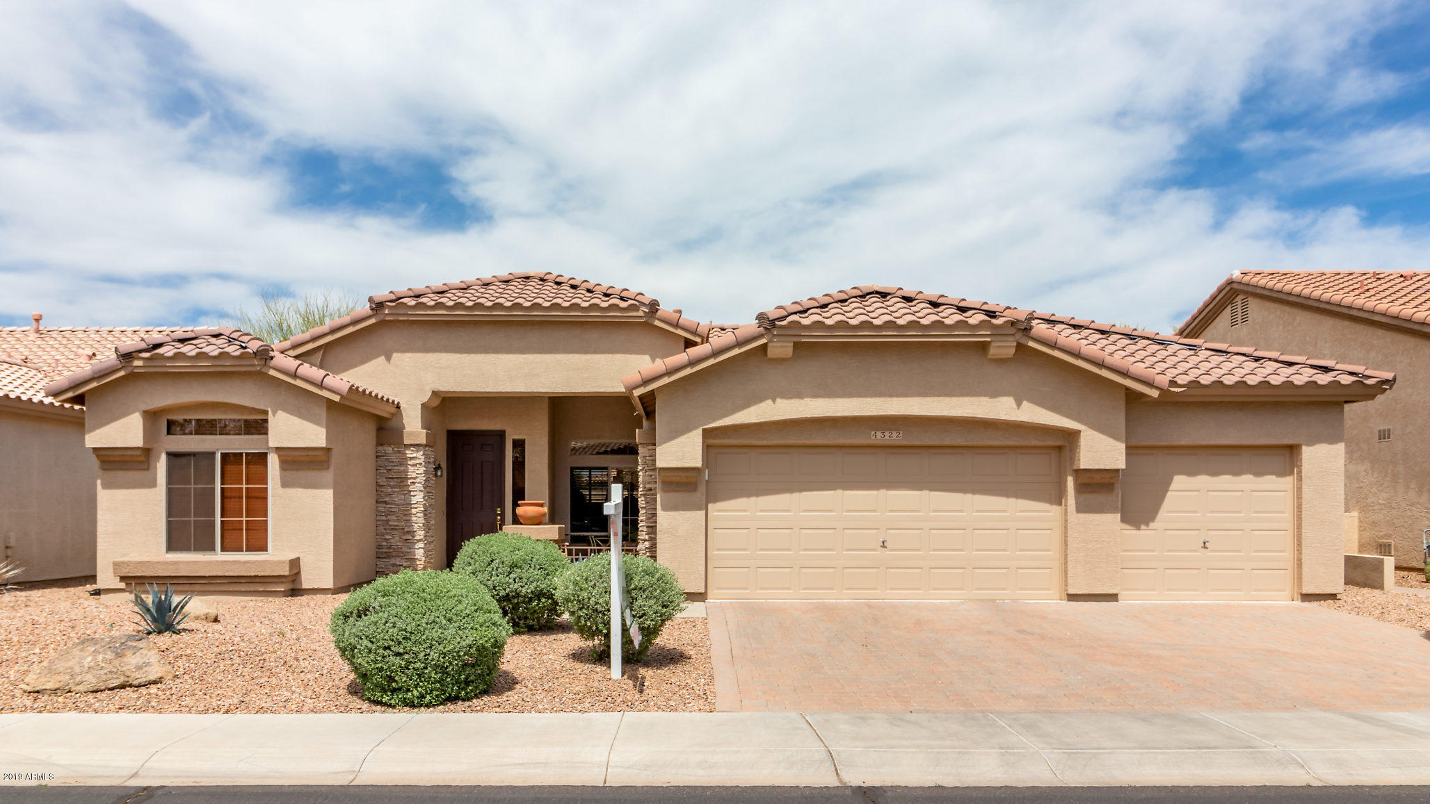 Photo of 4322 E CHESTNUT Lane, Gilbert, AZ 85298