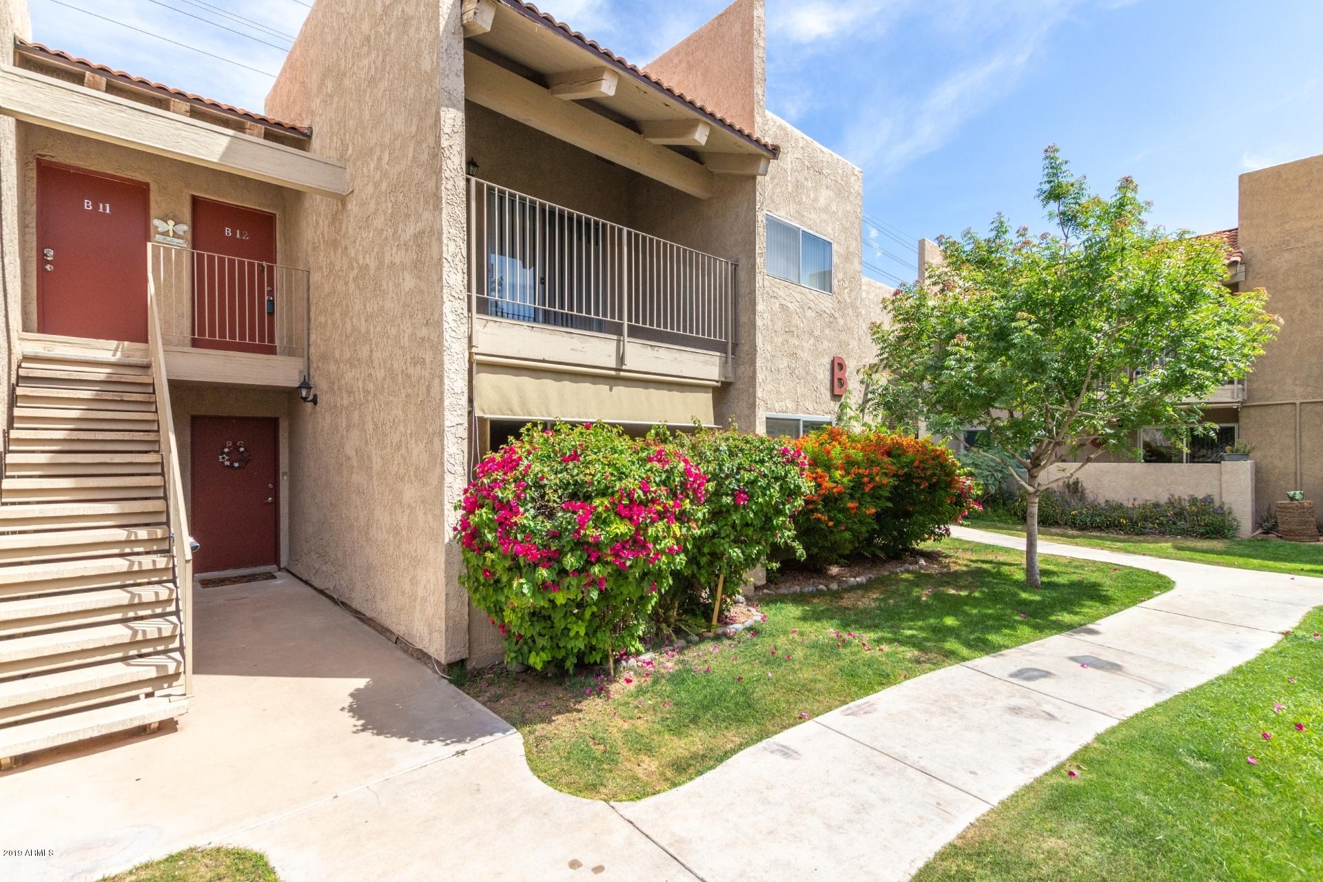 Photo of 5525 E THOMAS Road #B12, Phoenix, AZ 85018