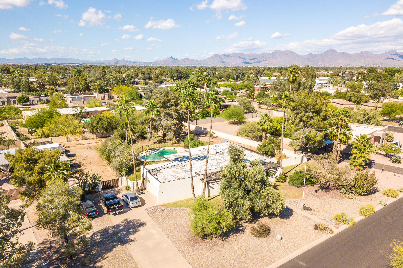 Photo of 6702 E BERYL Avenue, Paradise Valley, AZ 85253