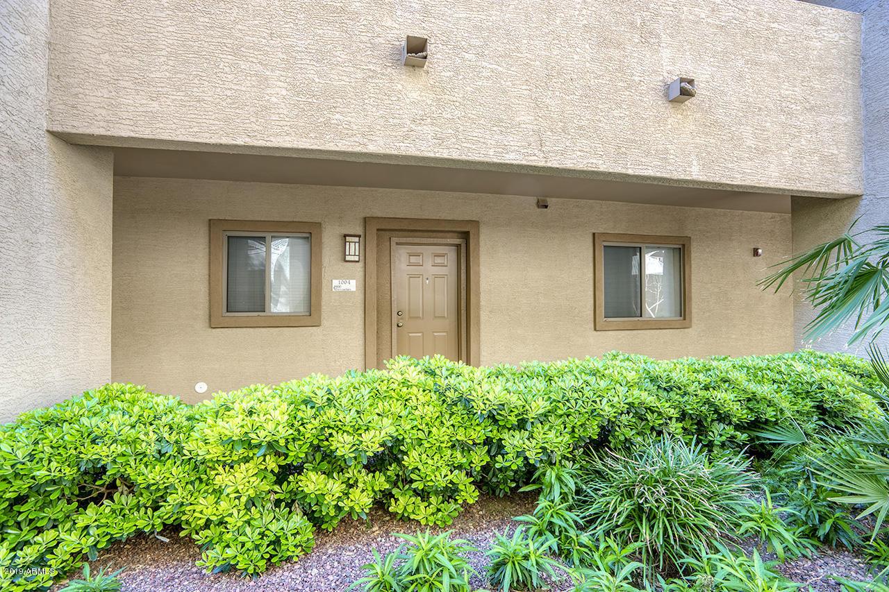 Photo of 920 E DEVONSHIRE Avenue #1004, Phoenix, AZ 85014
