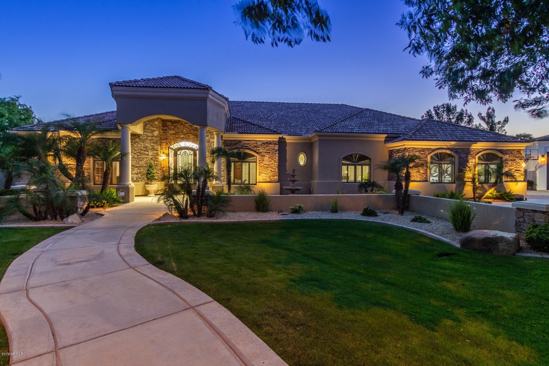 MLS 5914875 306 S ROCHESTER Court, Gilbert, AZ Circle G - Gilbert Homes for Sale