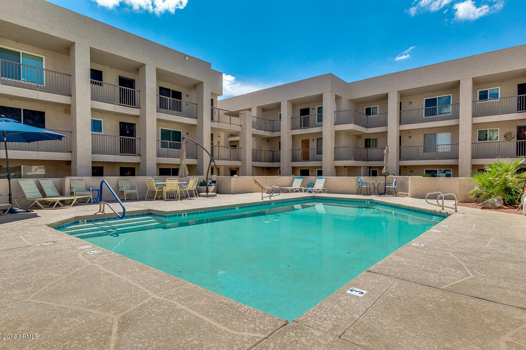 Photo of 7474 E EARLL Drive #309, Scottsdale, AZ 85251