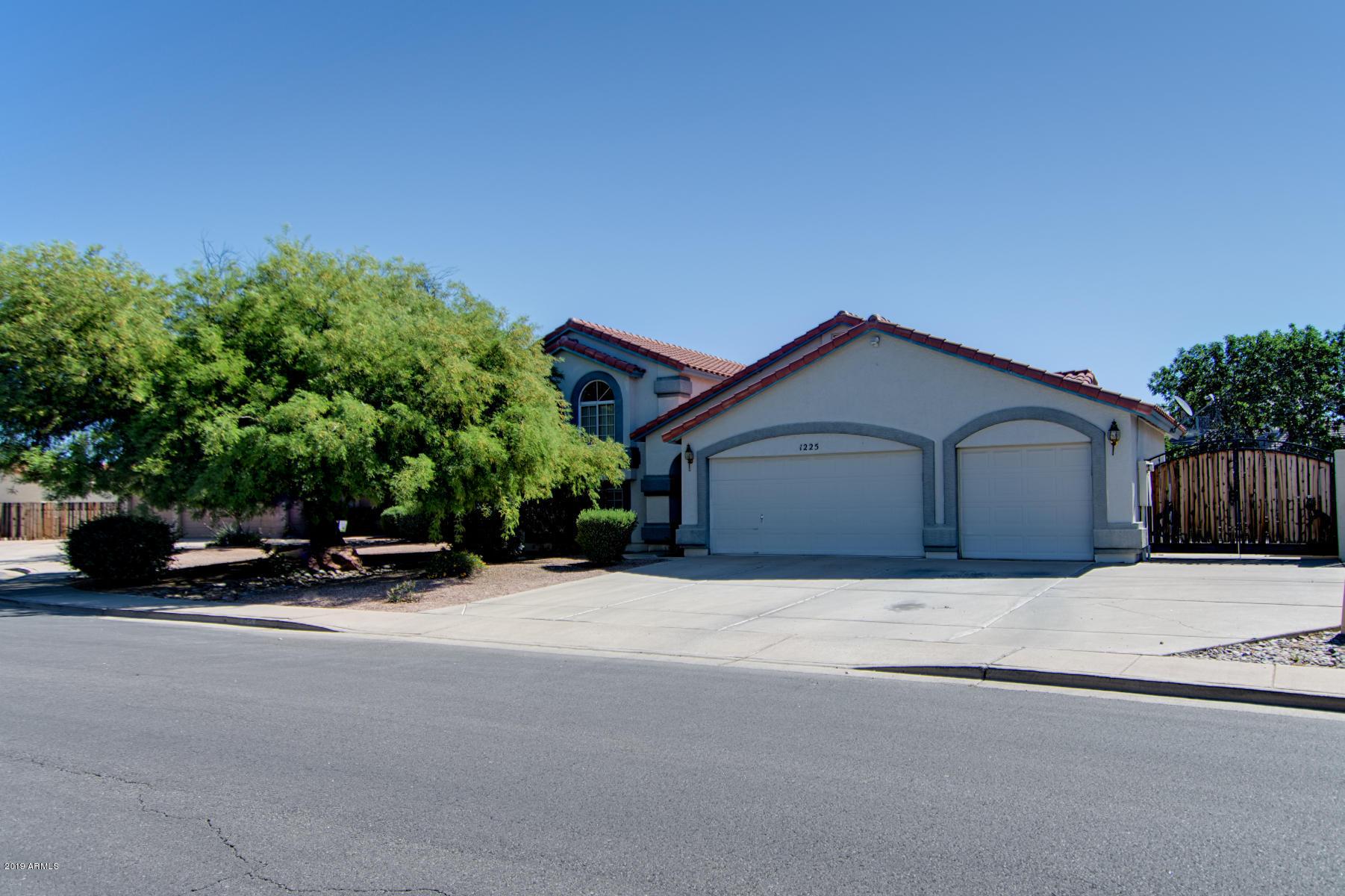 1225 S ALMAR Circle, Mesa AZ 85204